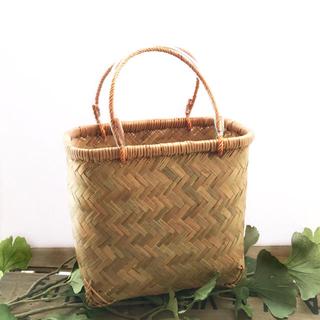 竹かご 小さいかご 風呂かご 湯バッグ 散歩バッグ 手さげかご 一閑張り材料かご(バスケット/かご)