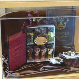 ディズニー(Disney)のディズニー 35周年 アソーテッド チョコレート 限定プレート付き TDL(菓子/デザート)