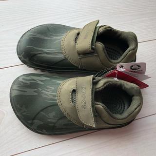 クロックス(crocs)の新品【クロックス 18.5センチ 迷彩柄 長靴 スニーカー】(長靴/レインシューズ)