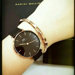再出品【ブラック32mm】ダニエルウェリントン腕時計 ローズゴールド+ バングル