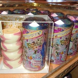 ディズニー(Disney)の未開封☆ディズニー 35周年 グランドフィナーレ バウムクーヘン 1缶(菓子/デザート)