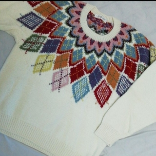 カネコイサオ(KANEKO ISAO)の【美品】KANEKO  ISAO カネコイサオさんのセーター(ニット/セーター)