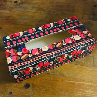 マリメッコの木製ティッシュボックス(ティッシュボックス)