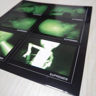 シュプリーム(Supreme)のシュプリーム 正規品 ステッカー PC 携帯 スマホ ノートパソコン(スーツケース/キャリーバッグ)