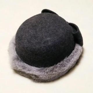 カシラ(CA4LA)の美品◎ CA4LA ラビットファートーク帽 チャコールグレー ばら色の帽子(ハット)