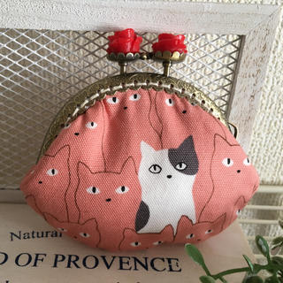 ひょっこり猫が可愛い がま口財布(財布)