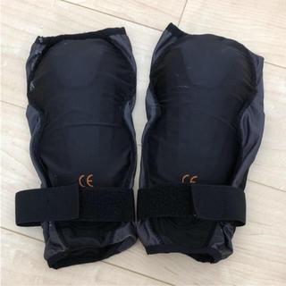 1月末で出品停止❤️バイク用 膝パット (装備/装具)