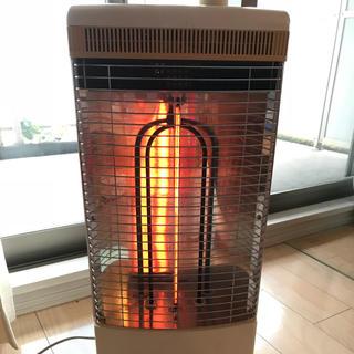 トヨトミ電気ストーブEWH-C100首振り速暖&遠赤(ストーブ)