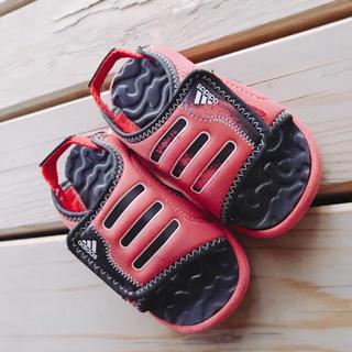 アディダス(adidas)のアディダス サンダル kids キッズ 13.0 13cm(サンダル)