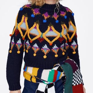 ザラ(ZARA)の新品未使用 ZARAマルチカラー刺繍ニットセーター(ニット/セーター)