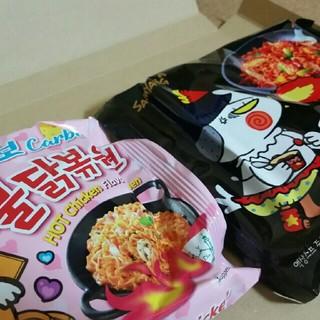 ブルタックポックンミョン!カルボナーラと黒のブルタック炒め麺!2袋セット!(インスタント食品)