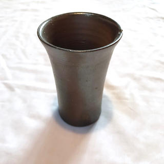 【美品】備前焼 カップ タンブラー ビアマグ 作家作品 一点物 黒め 盃(陶芸)