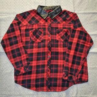 シマムラ(しまむら)の☆ フェイクレザー襟 チェックシャツ 赤 ドロップショルダー コットン100 ☆(シャツ/ブラウス(長袖/七分))
