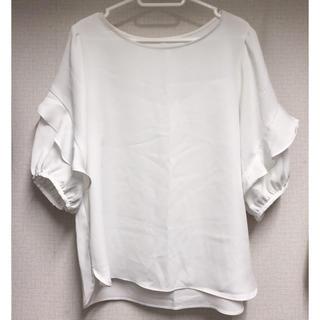 ジーユー(GU)のGU  フリルスリーブT(Tシャツ(半袖/袖なし))