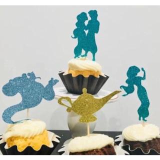 ディズニー(Disney)の【新品未使用】アラジン ケーキトッパー  8本(フォトプロップス)