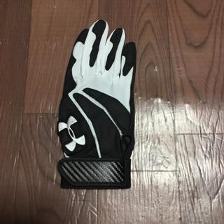 アンダーアーマー(UNDER ARMOUR)のアンダーアーマー バッティング 手袋 MD 右手 ブラック ホワイト グローブ(グローブ)