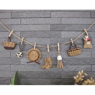 茶色★ミニチュアかごや帽子のガーランド エコクラフト 壁飾り (バスケット/かご)