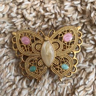 蝶のバレッタ