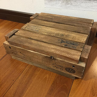木箱 蓋付き(ケース/ボックス)