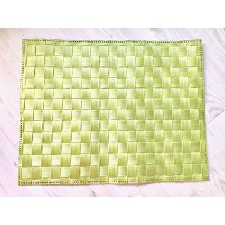 ☆saleenザリーン 洗えるランチョンマット ピスタチオグリーン☆(テーブル用品)