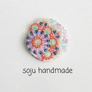 てまり ビーズ刺繍 ヘアゴム ブローチ(コサージュ/ブローチ)