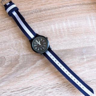 【新品未使用】キッズ 子供 腕時計 カジュアル ホワイト(腕時計)