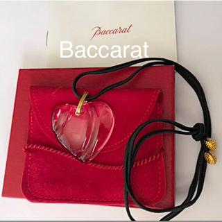 バカラ(Baccarat)の★Baccarat/クリスタルガラスハート型ロングネックレス✨(ネックレス)
