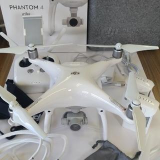 DJI PHANTOM4(空撮ドローン・ファントム4)本体一式・予備バッテリー他