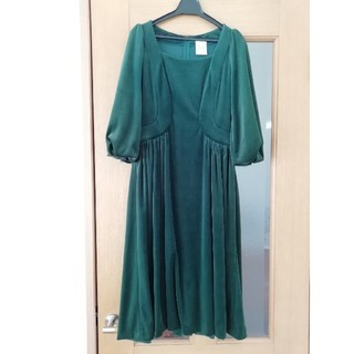 シビラ(Sybilla)のシビラ 膝下丈ワンピースドレス(ミディアムドレス)