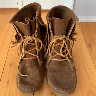 ミネトンカ(Minnetonka)のMINNETONKA フリンジショートブーツ(ブーツ)