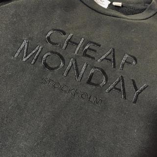 チープマンデー(CHEAP MONDAY)のCHEAP MONDAY 黒 トレーナー ヴィンテージ (トレーナー/スウェット)