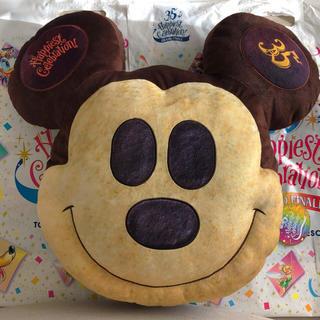 Disney - 新作♡ ミッキー パン クッション 35周年 グランドフィナーレ