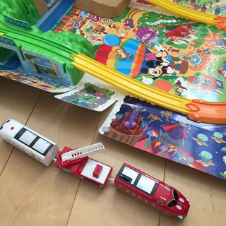 ディズニー(Disney)のディズニー 消防車 救急車 プラレールセット(電車のおもちゃ/車)