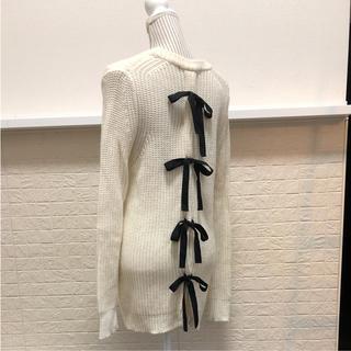 サクラ(SACRA)の新品同様SACRA♡バックリボンニット(ニット/セーター)