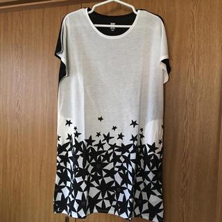 グラニフ(Design Tshirts Store graniph)の【新品】グラニフ レディース 半袖ワンピース フリーサイズ M- L 星柄 黒(ひざ丈ワンピース)