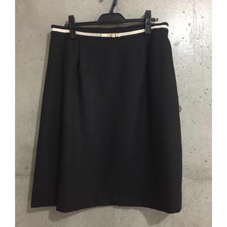 クレット(clette)のクレット パイピングデザインスカート(ひざ丈スカート)