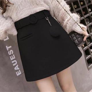 エミリアウィズ(EmiriaWiz)のレディース ポンポンベルト付きスカート ブラック(ミニスカート)