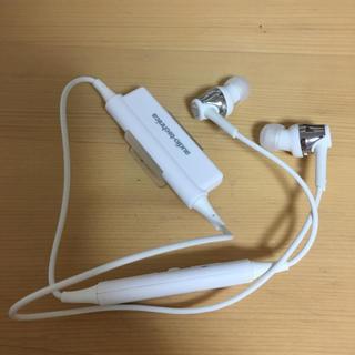 オーディオテクニカ(audio-technica)の【美品】Bluetoothイヤホン (ヘッドフォン/イヤフォン)