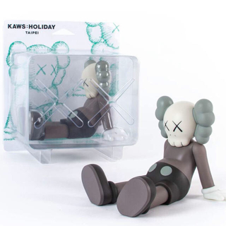 "KAWS:HOLIDAY Limited 7"" (Brown)"