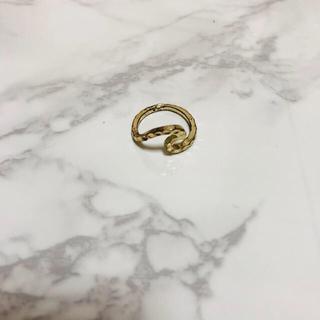 波 ウェーブ リング   (リング(指輪))