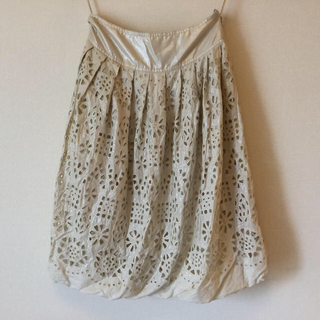ダナキャランニューヨーク(DKNY)のDKNY コレクション 膝丈 スカート(ひざ丈スカート)