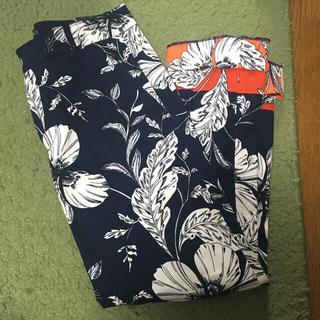ザラ☆花柄パンツ新品