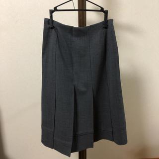 カールラガーフェルド(Karl Lagerfeld)のラガーフェルド グレーボックスプリーツスカート(ひざ丈スカート)