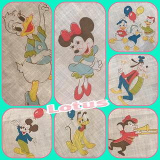 ディズニー(Disney)のミッキー  ミニー ベビーシーツ ビンテージ 生地373(生地/糸)