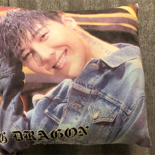 ビッグバン(BIGBANG)のジヨン クッション(K-POP/アジア)