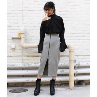 バラク(Barak)のBARAK / ラメセンターZIPスカート(ひざ丈スカート)