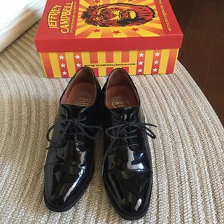 ジェフリーキャンベル(JEFFREY CAMPBELL)のジェフリーキャンベル♡ ローファー 革靴 エナメル(ローファー/革靴)