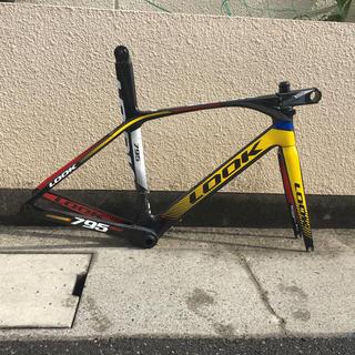 ルック(LOOK)のLOOK795風カーボンフレーム   BB付き(自転車本体)