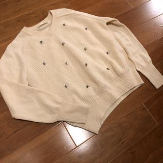 カリテ(qualite)の【定価20,000円】qualite ホワイト ビジュー♡ニット(ニット/セーター)