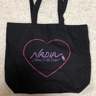 ナディア(NADIA)のブラック NADIA トートバック(トートバッグ)